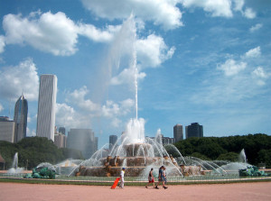 Buckingham Fountain, Chicago Grant Park. Photo courtesy WBBM television.